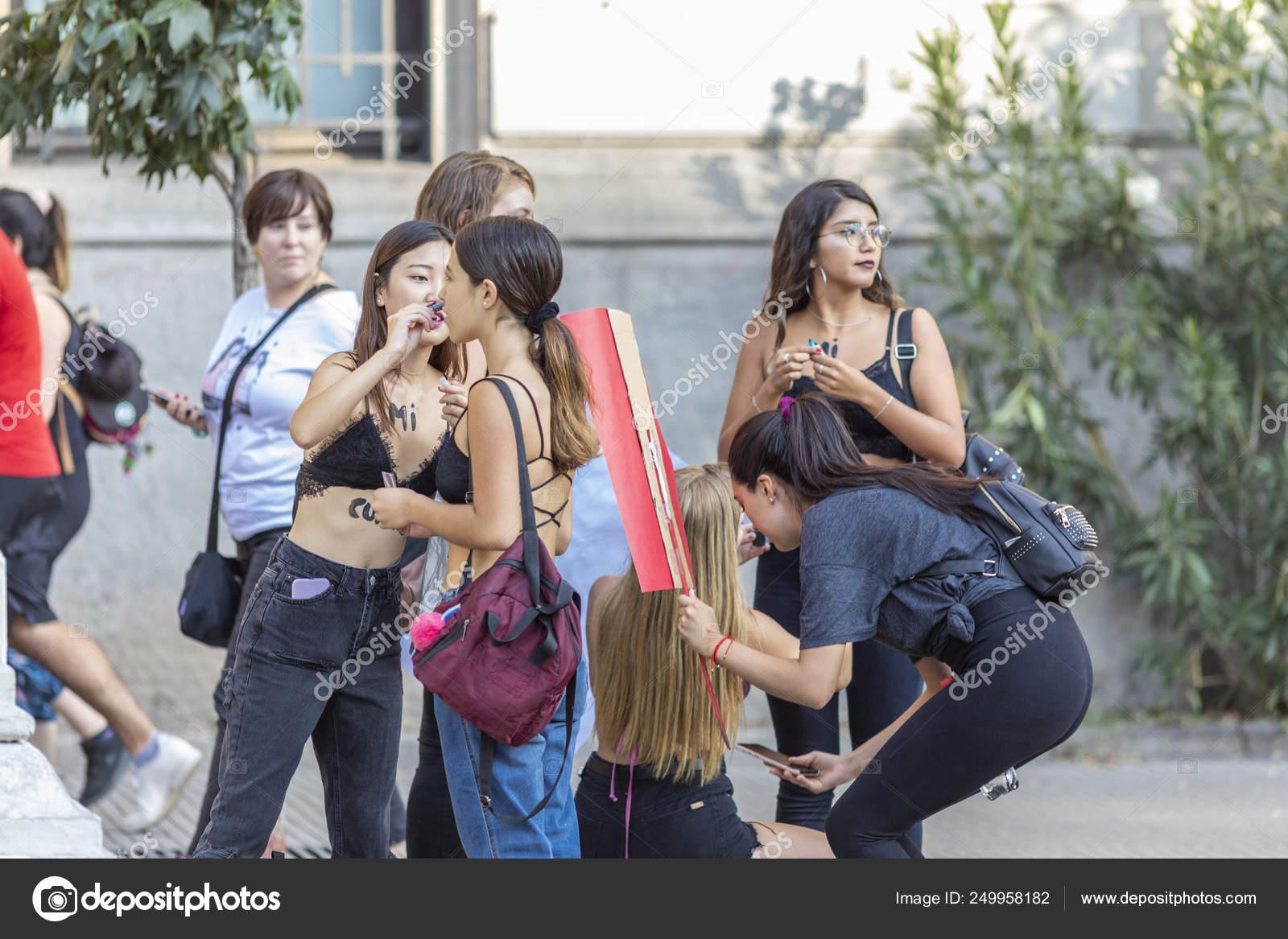 dating latin women