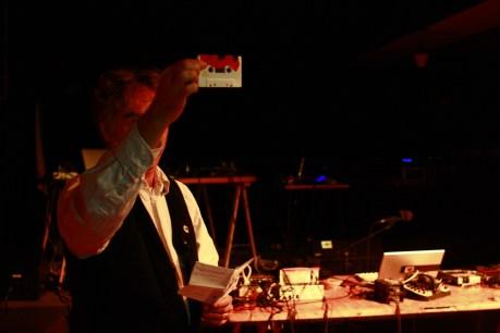 Harols Schellinx presents Paris Tape Run 2 at Instant Chavirés in Paris