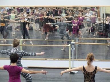 Vladimir Malakhov und seine Tänzerinnen