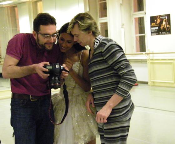 Elisa & Vladimir beim Fotosansehen