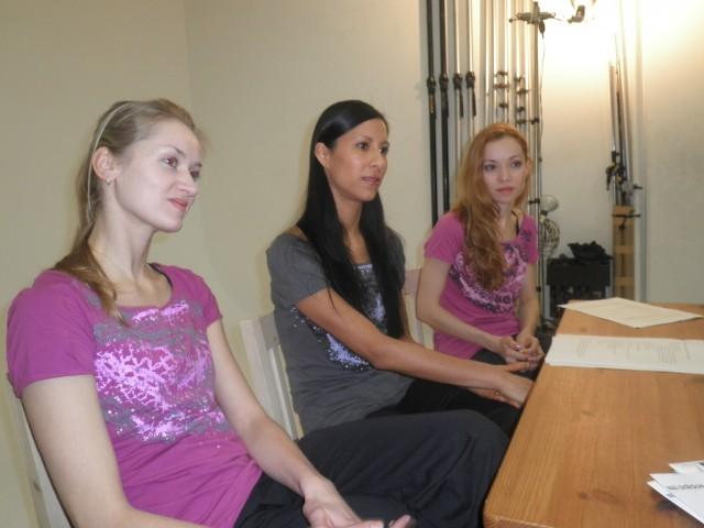 Elena, Elisa & Iana im Gespräch...