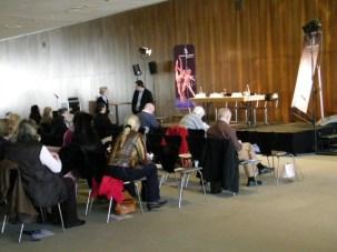 Neben den Journalisten waren zahlreiche Mitgliegder des SBB-Fördervereins dabei.