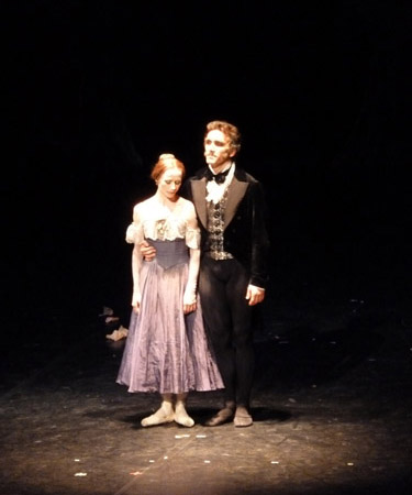 Beim Applaus: Nadja Saidakova & Mikhail Kaniskin