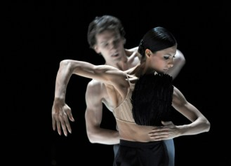 and the sky on that cloudy old day (Marco Goecke): Elisa Carrillo Cabrera & Mikhail Kaniskin