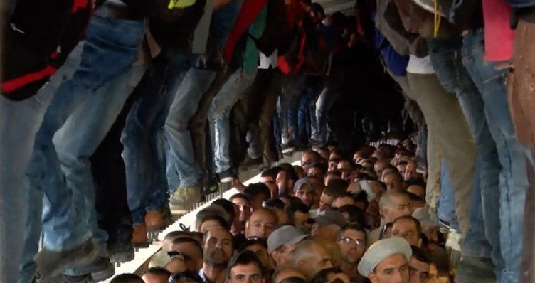Screen capture from video of the conditions inside Checkpoint 300, near Bethlehem, October 2018. (Hadashot news)