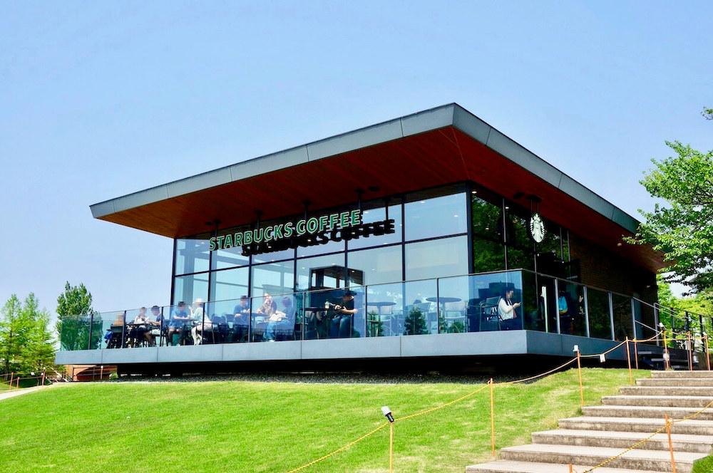 世界一美しい スタバ 富山環水公園店