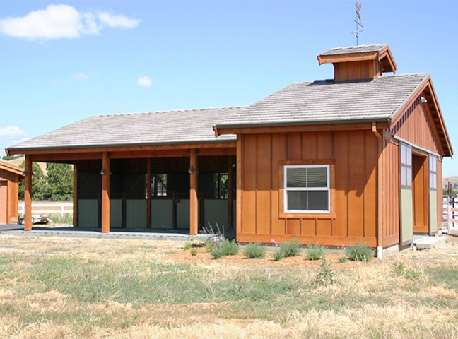 A compact three stall horse barn