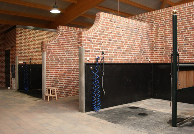Designing the Best Wash Rack for Your Barn