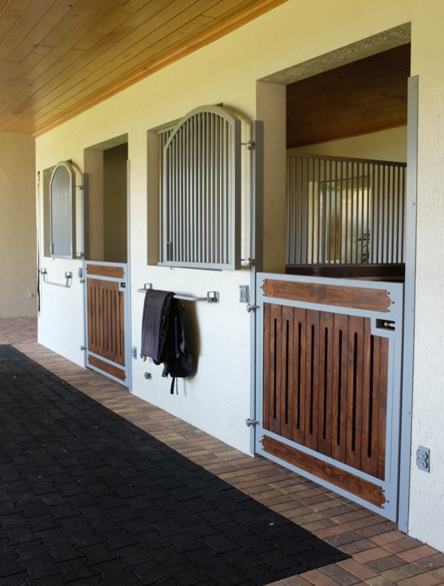 custom powder coated stalls by Lucas Equine Equipment