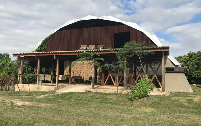 a beautiful barn in Brazil is well designed