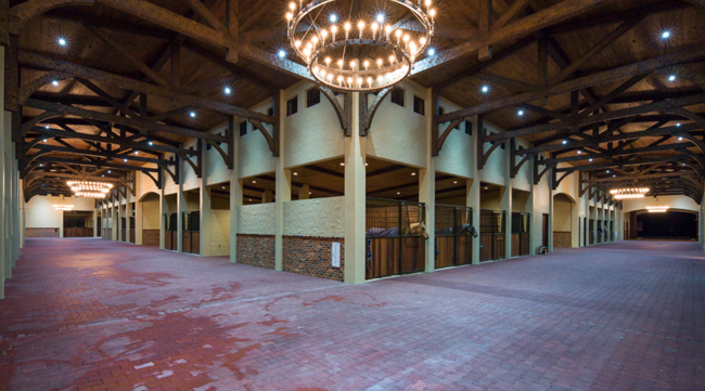 the largest horse barn in the United States