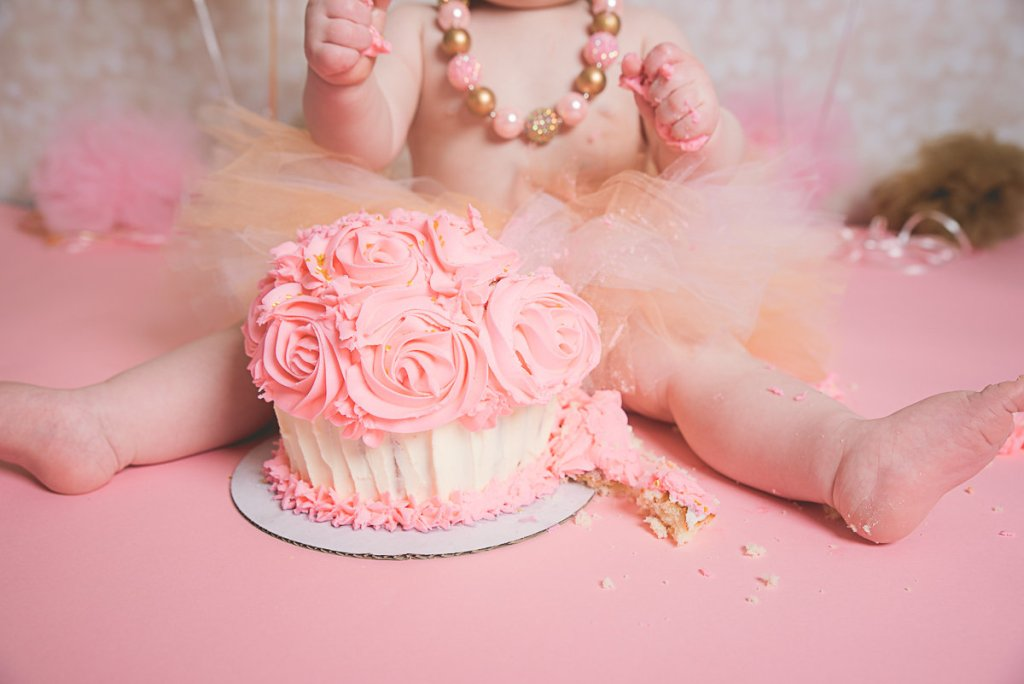 Emri-1-Year-Cake-Smash-Utah-Photographer-Stacey-Hansen-Photography (5)