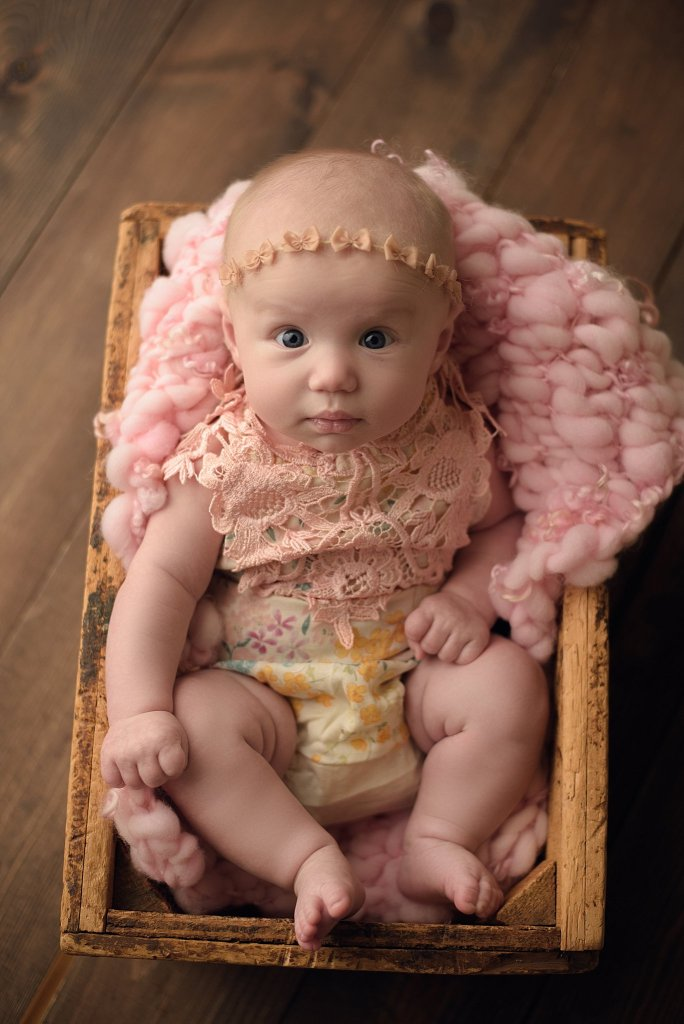 Nora | 3 Month Milestone Session