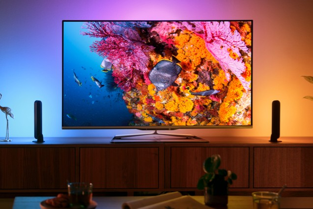 - philips hue lights tv - Hi, my name is Kevin and I don't like smart home scenes – Stacey on IoT