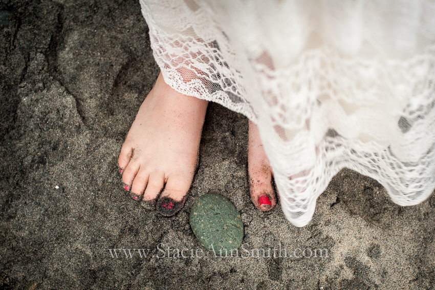 toes in the sand, red nail polish, lace, swami's beach