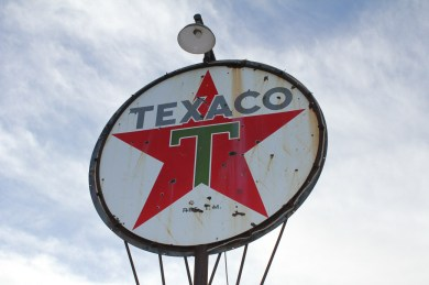 Texaco (Before), by Emilio Pasquale, Photos by Emilio