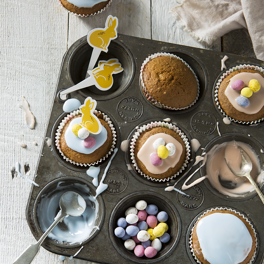 Easter Cakecakes | Cake decorating | Stacy Grant | Food Photography