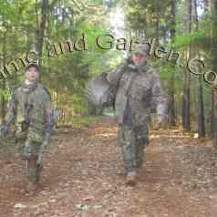Scott and Howlett after the hunt 2013