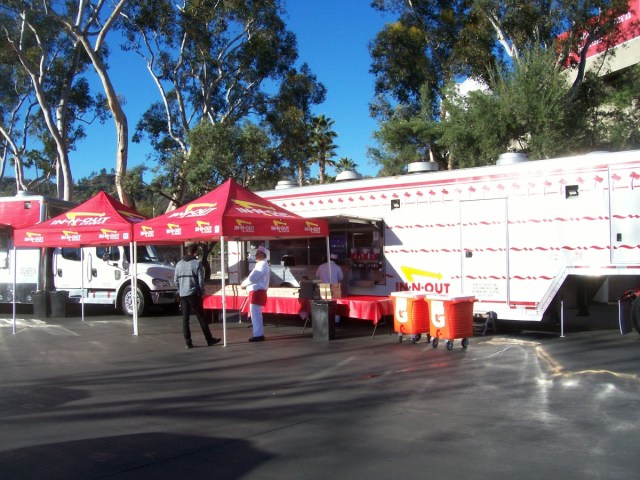 In-N-Out Cookout Trailer prepares to feed both teams 12/30/18