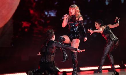Taylor Swift Setlist: Reputation Tour Play by Play Guide