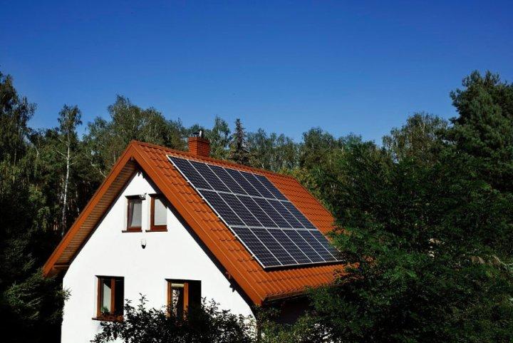 solstrale ab oktober verkauft ikea auch solaranlagen f rs dach. Black Bedroom Furniture Sets. Home Design Ideas