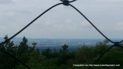 Blick vom Aussichtsturm in Richtung Grossostheim