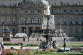 Stuttgart Neues Schloss Springbrunnen