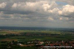 Blick auf das Rhein-Main-Gebiet von der Veste Otzberg