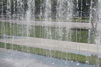 Springbrunnen vor dem Reichstag / Berlin