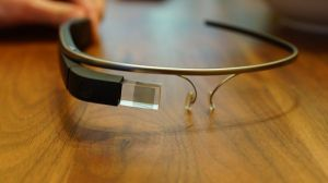 Google Glass (CC-BY-SA 2.0 Ted Eytan, http://www.flickr.com/photos/taedc/8714927697/)