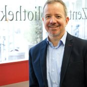 Stephan (sts), Leiter der Zentralbibliothek