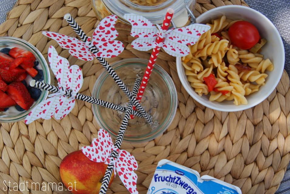 Picknick Ideen Freebie Strohhalm Schmetterlinge