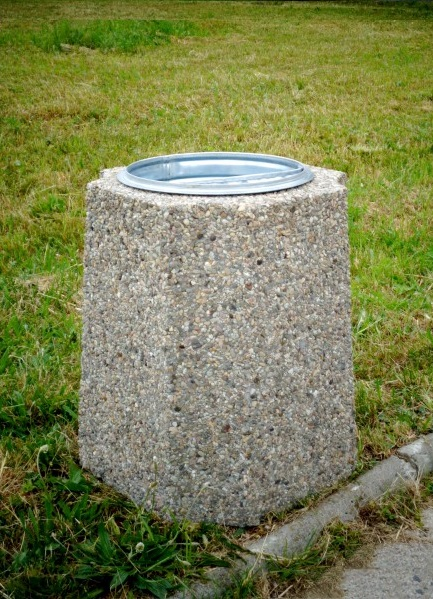 Abfallbehälter aus Beton KB-19