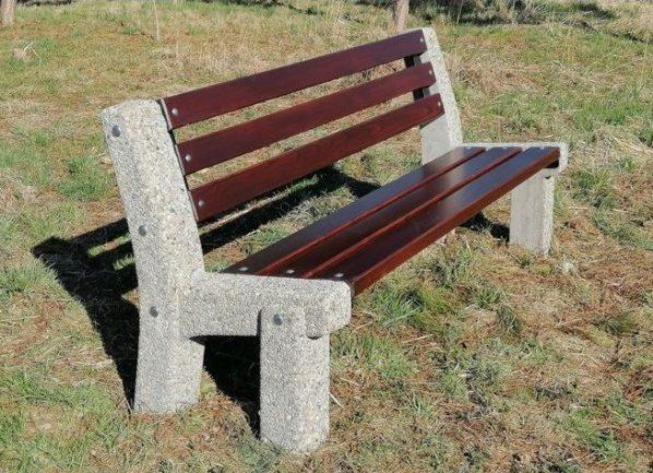 Sitzbank aus Beton L-23
