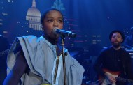 Watch Lauryn Hill's spellbinding ACL performance of 'Ready Or Not' and 'Doo Wop'