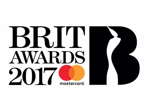 Video: Emeli Sandé - 'Hurts' (Live at the 2017 BRIT Awards)