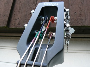 The headstock with the Pirazzi's