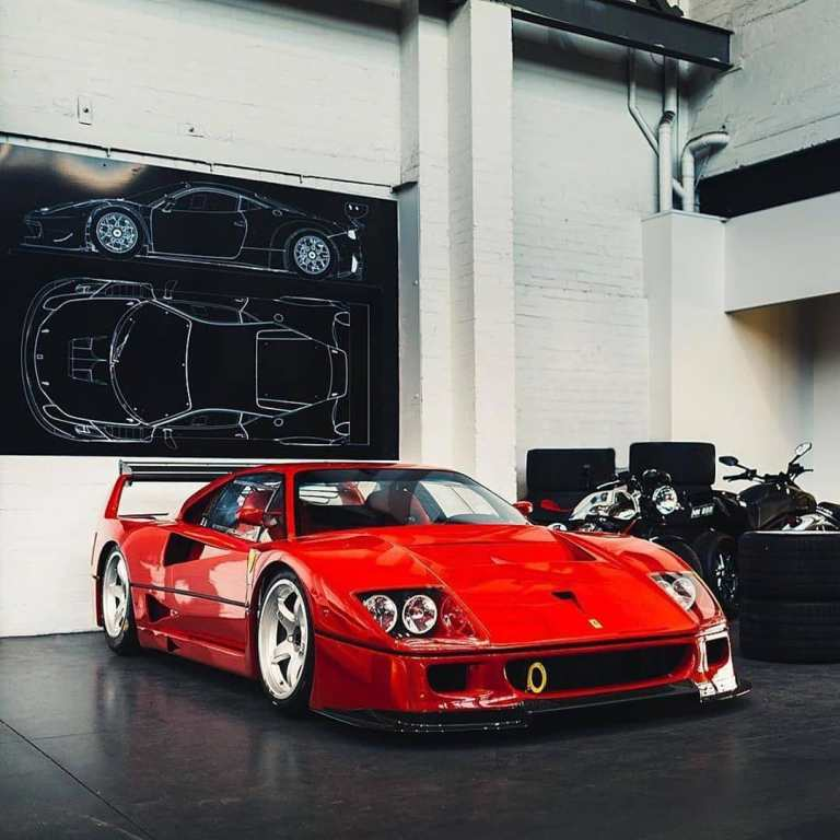 • • • • • •  F40 GTE      .