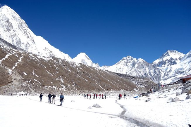 trekking-to-Everest-Base-camp