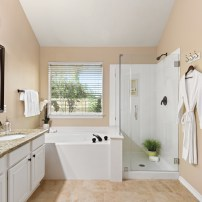 Staging The Nest - Vacant Home Staging - Maser Bathroom