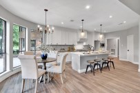 Staging The Nest - Vacant Home Staging - Houston - The Woodlands - Kitchen