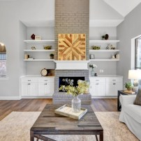 Staging The Nest - Vacant Home Staging - Houston - The Woodlands - Living Room