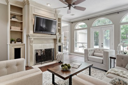 Staging The Nest - Vacant Home Staging - The Woodlands - Houston - Living Room