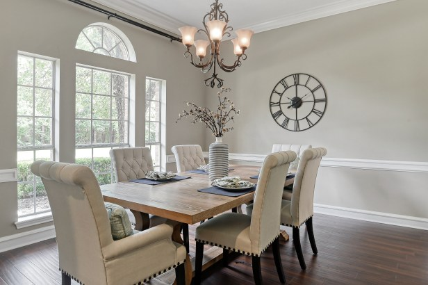 Staging The Nest - Vacant Home Staging - The Woodlands - Houston - Dining Room