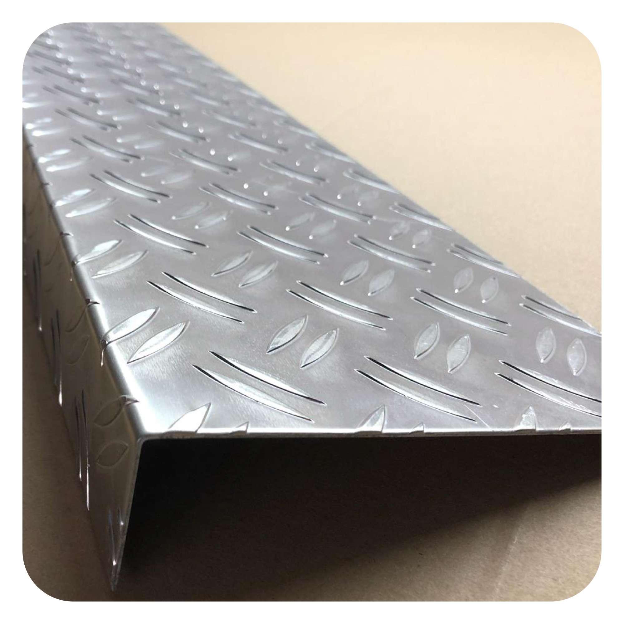 Aluminium Blech 1 bis 5mm  bis 1000mm Länge Aluminiumblech Glattblech