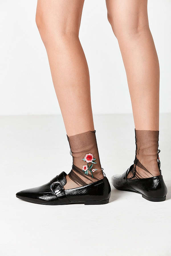 Sheer embroidered socks