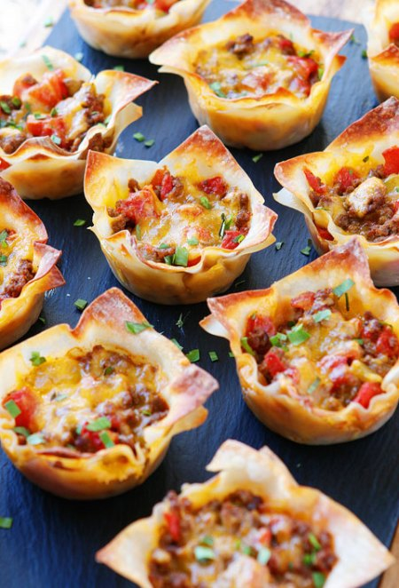 Kevin and Amanda Crunchy Taco Cups