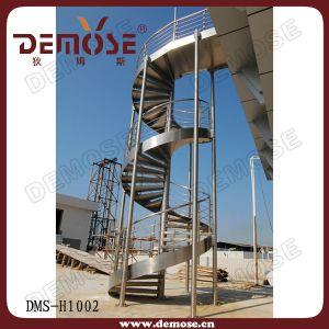 metal-circular-staircase