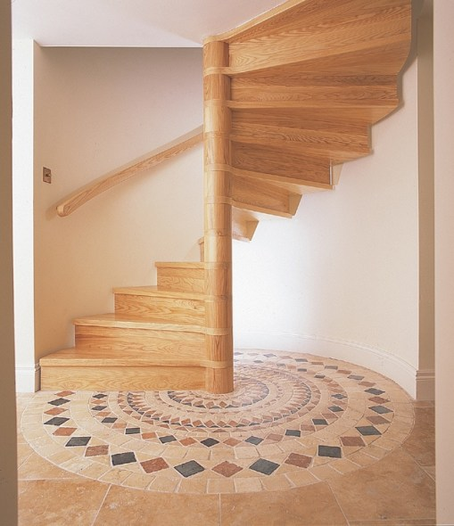 spiral-staircase-wooden