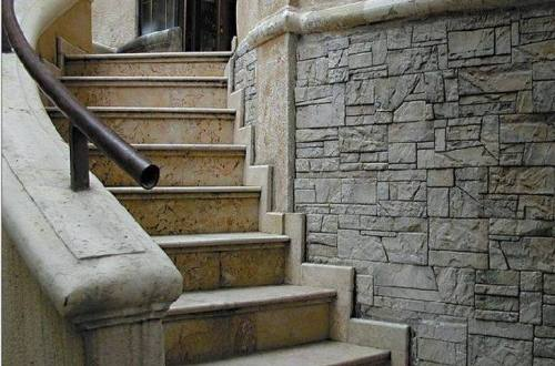 Stairs for high foundations of country houses